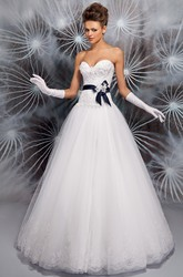 Ball-Gown Long Appliqued Sweetheart Sleeveless Tulle Wedding Dress With Corset Back And Bow