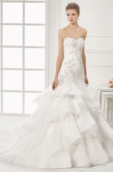 A-Line Floor-Length Appliqued Sweetheart Organza Wedding Dress With Tiers And V Back