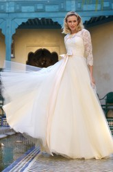 A-Line Jewel-Neck 3-4-Sleeve Bowed Tulle Wedding Dress With Lace