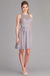 Short Jewel Neck Lace Sleeveless Chiffon Bridesmaid Dress With Bow