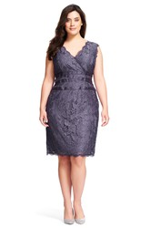 Pencil Knee-Length Sleeveless V-Neck Lace Plus Size Bridesmaid Dress With Appliques And V Back