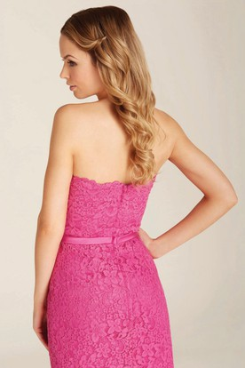 Pencil Knee-Length Strapless Lace Bridesmaid Dress With Bow And Zipper