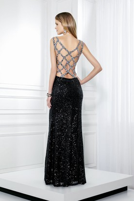 Sheath V-Neck Beaded Sleeveless Sequin Prom Dress With Straps