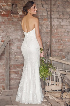 Sweetheart Floor-Length Appliqued Lace&Satin Wedding Dress With V Back