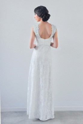 Appliqued Cap Sleeve V-Neck Lace Wedding Dress With Beading
