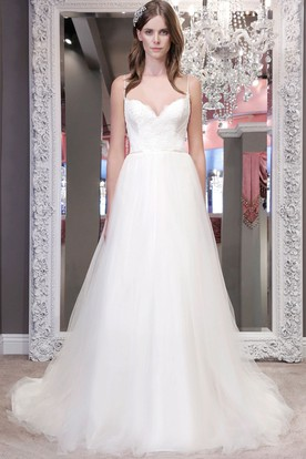A-Line Spaghetti Lace Floor-Length Sleeveless Tulle Wedding Dress With Backless Style And Ruffles