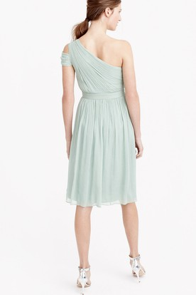 Knee-Length Ruched One-Shoulder Sleeveless Chiffon Bridesmaid Dress With Straps