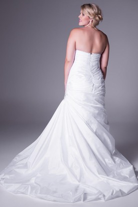 Long Draped Sweetheart Satin Plus Size Wedding Dress With Beading And Corset Back
