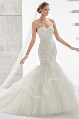 Strapless Mermaid Lace Wedding Dress with Ruffled Train and Appliques