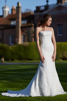 Strapless Long Beaded Lace Wedding Dress With Court Train And V Back