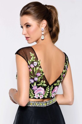 A-Line Maxi Scoop-Neck Cap-Sleeve Low-V Back Dress With Embroidery And Beading