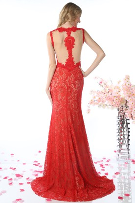 Sheath Scoop-Neck Sleeveless Lace Illusion Dress With Appliques And Split Front