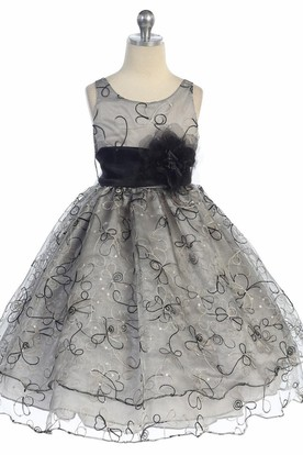 Embroideried Tea-Length Floral Sequins&Organza Flower Girl Dress With Sash