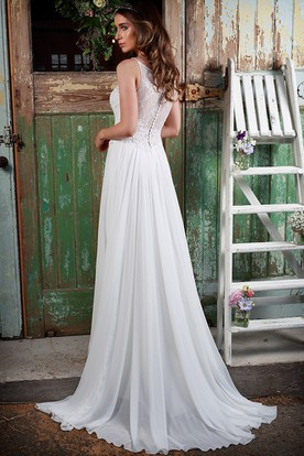 Pleated Spaghetti Long Chiffon Wedding Dress With Appliques And Illusion