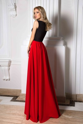 V-Neck Long Sleeveless Pleated Chiffon Prom Dress