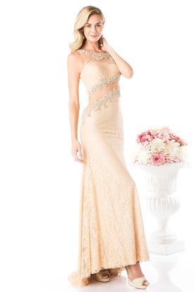 Sheath Long Scoop-Neck Sleeveless Lace Dress With Appliques