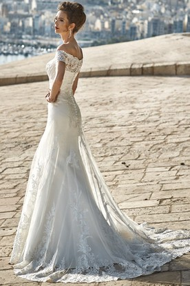 Floor-Length Appliqued Off-The-Shoulder Lace Wedding Dress