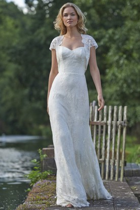 Floor-Length Square Cap-Sleeve Appliqued Lace Wedding Dress