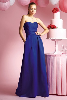 Sweetheart A-Line Taffeta Bridesmaid Dress With Ruches And Pockets