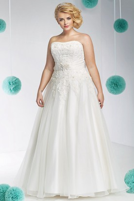 A-Line Strapless Maxi Appliqued Sleeveless Organza&Satin Plus Size Wedding Dress With Waist Jewellery And Bow