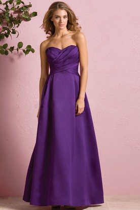 Sweetheart A-Line Satin Bridesmaid Dress With Ruched Bodice