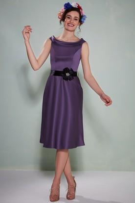 Tea-Length Sleeveless Scoop Neck Floral Satin Bridesmaid Dress With Sash