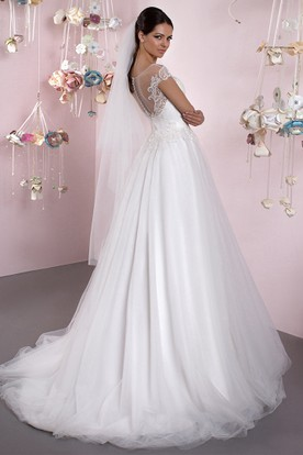 A-Line Cap Sleeve Appliqued Scoop Neck Tulle Wedding Dress
