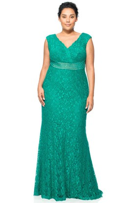 Mermaid Sleeveless Jeweled V-Neck Lace Evening Dress