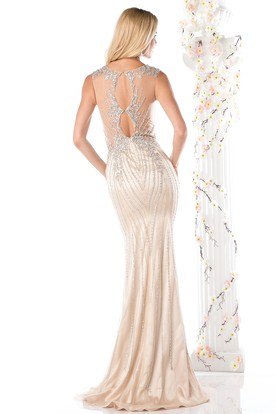Sheath Long Scoop-Neck Sleeveless Keyhole Dress With Beading