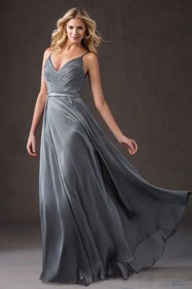 Sleeveless V-Neck Bridesmaid Dress With Spaghetti Straps And Pleats