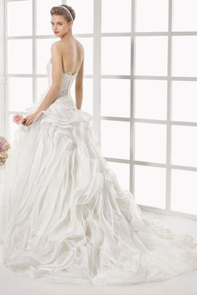 A-Line Strapless Maxi Appliqued Organza&Lace Wedding Dress With Ruffles And V Back