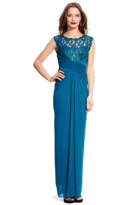 Pencil Scoop-Neck Sleeveless Ruched Chiffon Bridesmaid Dress With Lace And Zipper