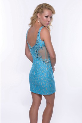 Lace Sheath Sleeveless Short Homecoming Dress Featuring Notched Neck