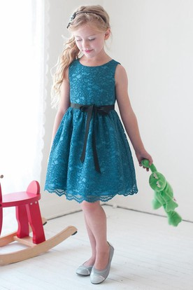 Knee-Length Split Tiered Lace Flower Girl Dress