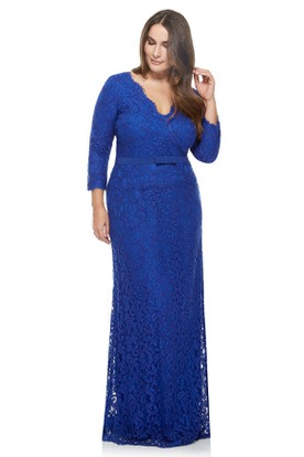Sheath Ribboned Long Sleeve V-Neck Lace Evening Dress With Brush Train