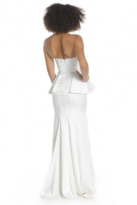 Sheath Strapless Peplum Long Sleeveless Satin Prom Dress With Zipper Back And Appliques