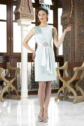 Knee-Length Jeweled Sleeveless Scoop Neck Satin Mother Of The Bride Dress With Draping