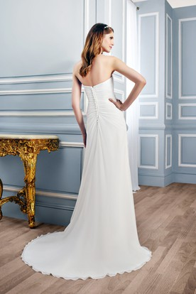Sweetheart Maxi Ruched Chiffon Wedding Dress With Sweep Train