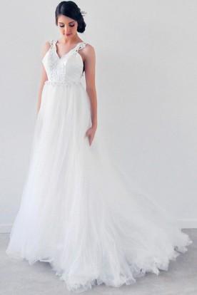 Floor Length A Line Sleeveless Appliqued Empire V Neck Tulle Wedding Dress