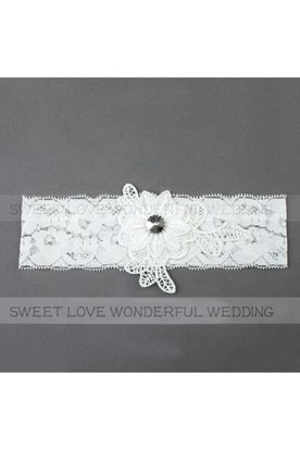 f88206cae Western Style Fresh Flowers Applique Stretch Bride Lace Garter Within 16- 23inch