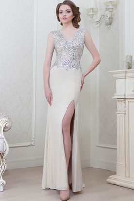 Sleeveless Beaded V-Neck Chiffon Evening Dress
