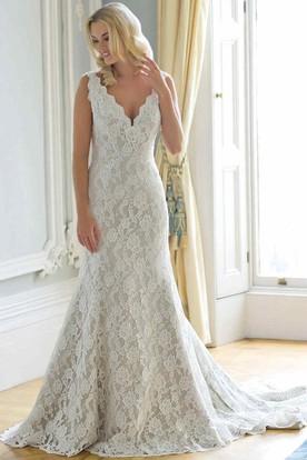 A-Line Sleeveless Appliqued Floor-Length V-Neck Lace Wedding Dress