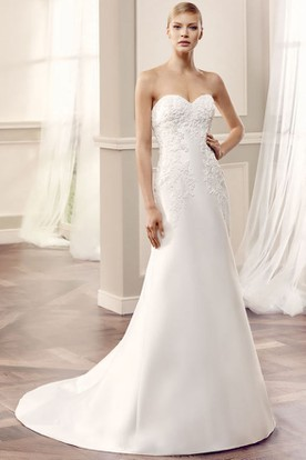 Maxi Sweetheart Appliqued Satin Wedding Dress With Court Train And V Back