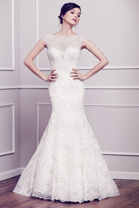 Mermaid Cap-Sleeve Beaded Scoop-Neck Lace Wedding Dress With Deep-V Back