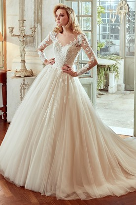 Long-Sleeve V-Neck Wedding Dress With Pleated Skirt And Open Back
