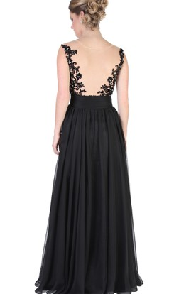 A-Line Appliqued Bateau-Neck Cap-Sleeve Floor-Length Evening Dress With Pleats