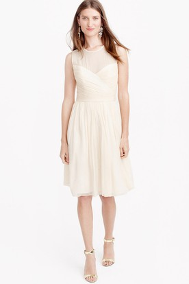 Knee-Length Sleeveless Scoop Neck Criss-Cross Chiffon Bridesmaid Dress