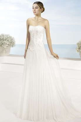 A-Line Strapless Floor-Length Appliqued Sleeveless Tulle Wedding Dress With Cape