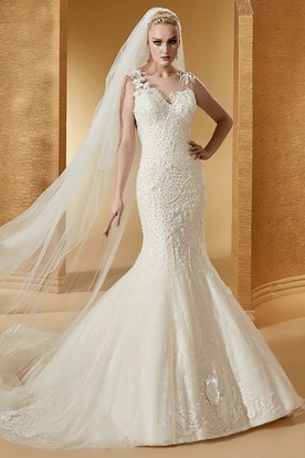 Cap Sleeve Mermaid Lace Long Wedding Dress With Illusive Appliques Neckline And Court Train