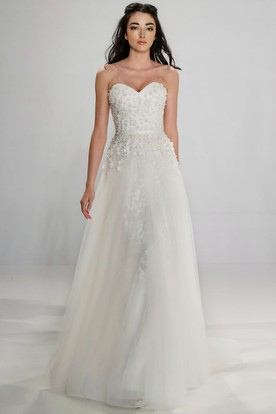 A-Line Long Sweetheart Tulle Wedding Dress With Beading And Zipper